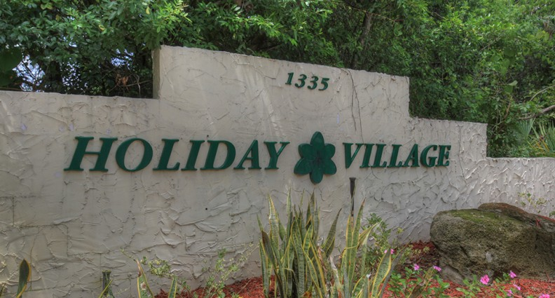 Holiday Village - Ormond Beach